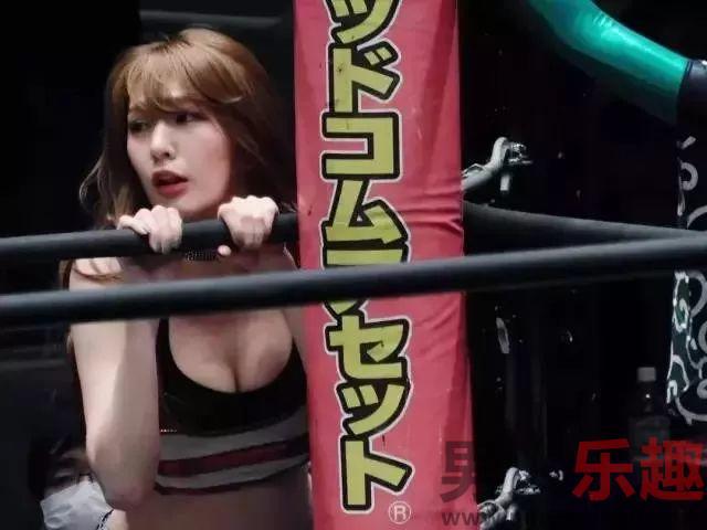摔跤妖精上福雪、赤井沙希