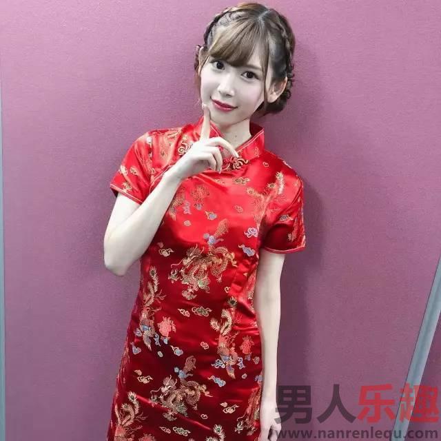 明里紬-新一代颜值女王