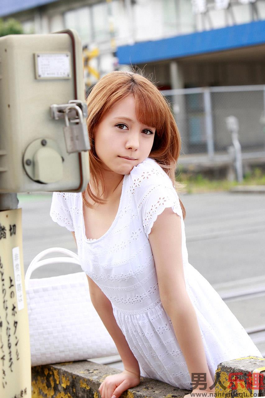 Hot Japanese AV Idol Reina Triendl トリンドル玲奈 xXx Photos Gallery 2