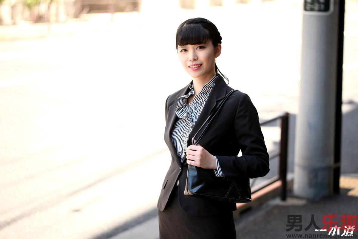 1pondo Marika Izumi 泉麻里香 040219_829 オジサン大好きド助平OL