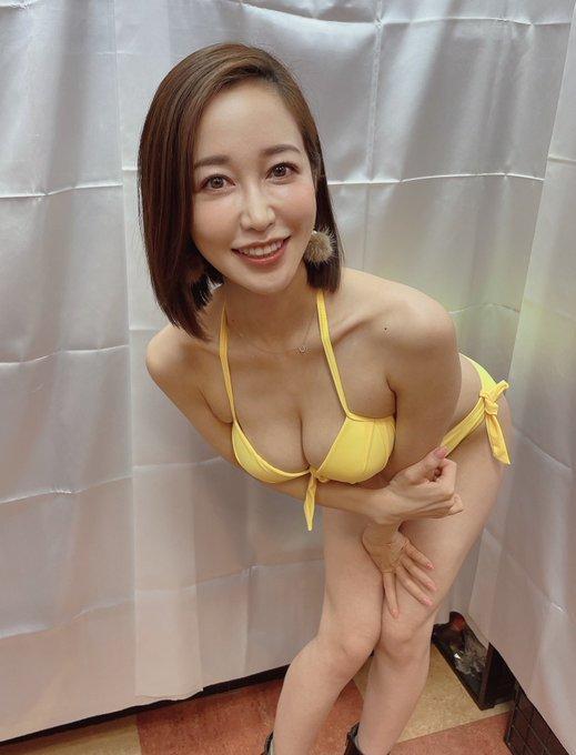 出道十周年! 业界界F罩杯美痴女「篠田优」募资筹备个人写真集仅花不到一周达标!