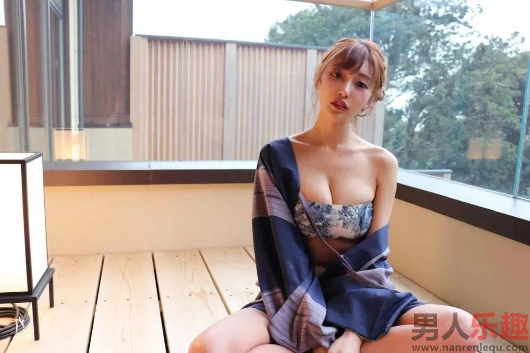 明日花キララ:业界最成功的演员之一将要卒业(隐退)