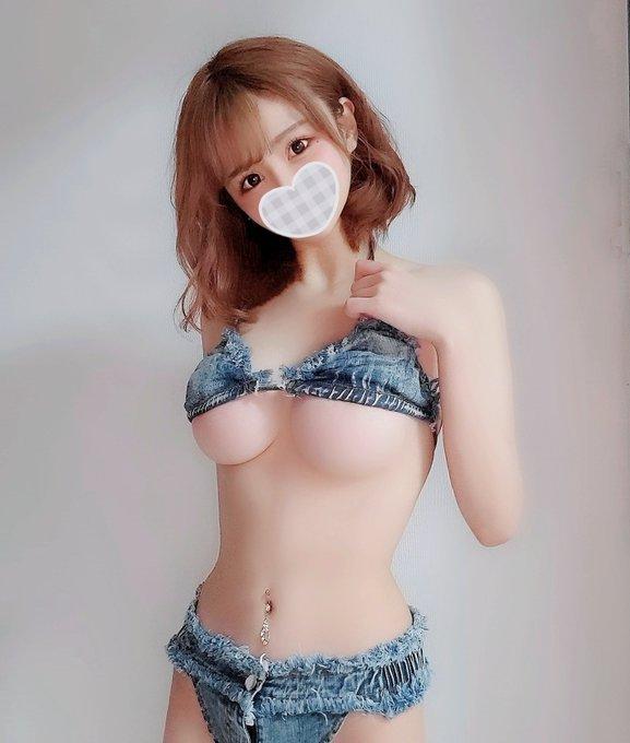 EMOI-041  野々宫月乃(野野宫月乃)巨乳网红一出道就有九万粉丝!