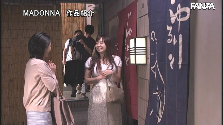 JUL-539:继母綾瀬麻衣子对我很好