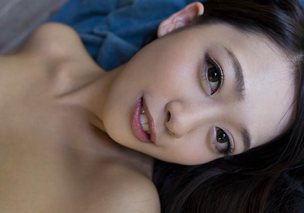 FC2-PPV-1646458 三田杏泰国浴场的穷苦女孩流出五码