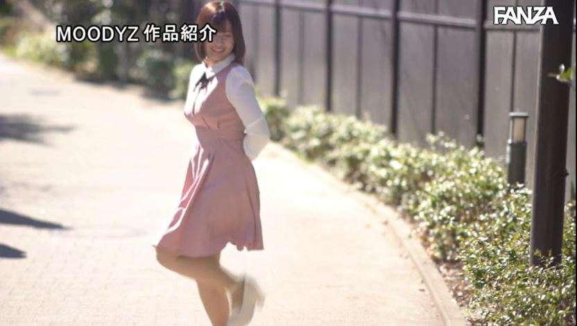 """前偶像清纯美少女""""绫瀬日葵""""业界出道、自曝目前还在室!"""