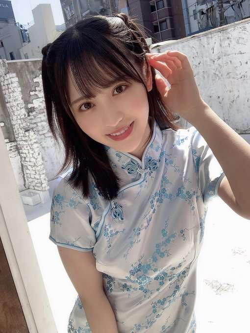 """18岁""""小野六花""""出道将满一年"""
