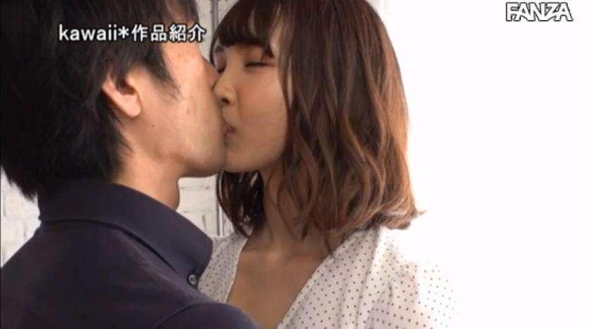 """cawd136:现役女大学生""""武田雏乃""""出道"""