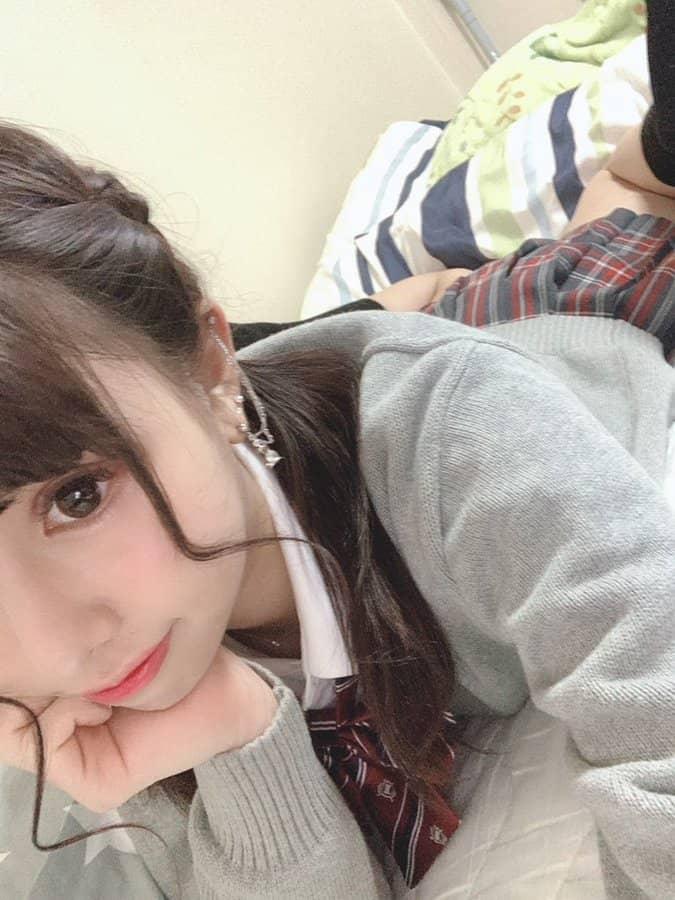 """20岁兽医护理师学系女大生""""乙叶柚希""""自割蛇信"""