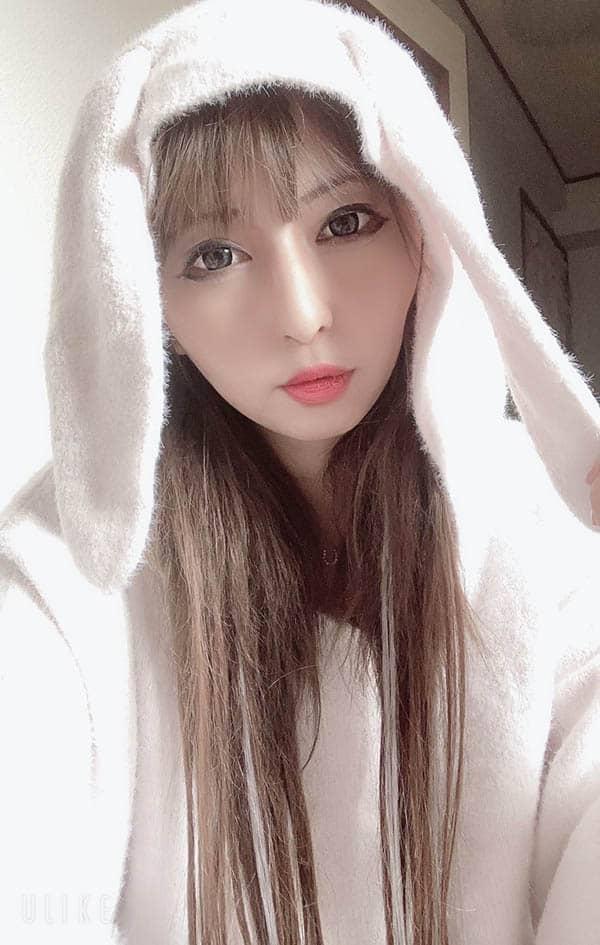 """31岁前写真偶像""""初美由梨花""""业界出道!"""