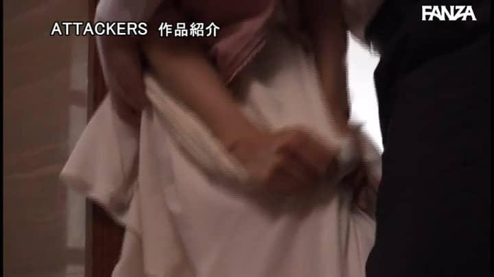 ADN-319:小早川怜子和他的丈夫可怜楼上老王单身 然后就邀请他来家里做客