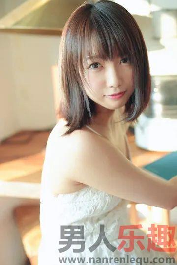 STARS-089:喜爱中年男子的顶尖清纯少女户田真琴