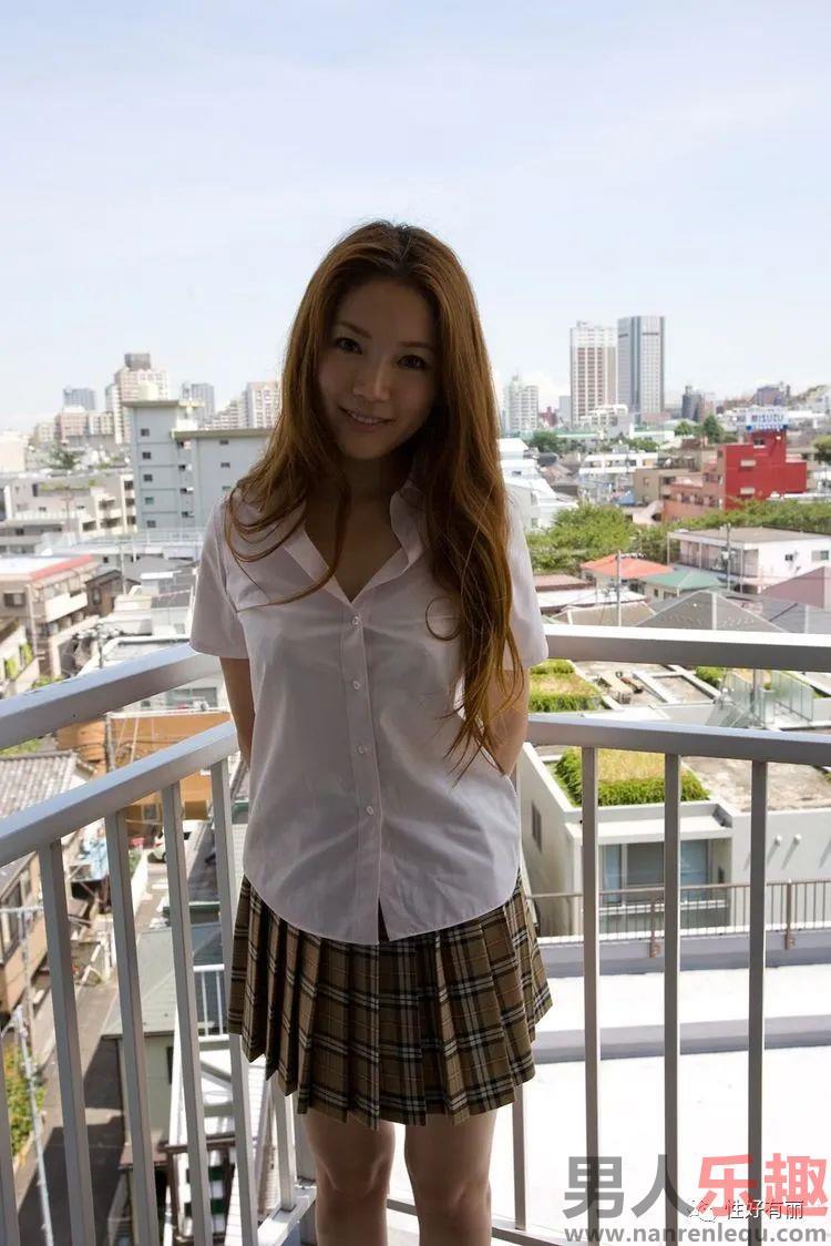成熟女人小川阿佐美(小川あさ美) 从业十年有着各种各样著作