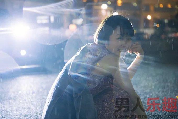 纱仓まな(纱仓真菜)作品破百 她竟然是早稻田文学部的大学生
