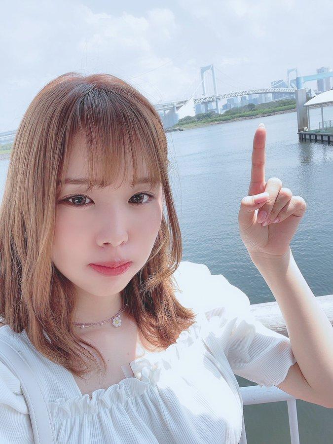 新井莉麻(新井リマ)业界出道韩风打扮超亮眼!