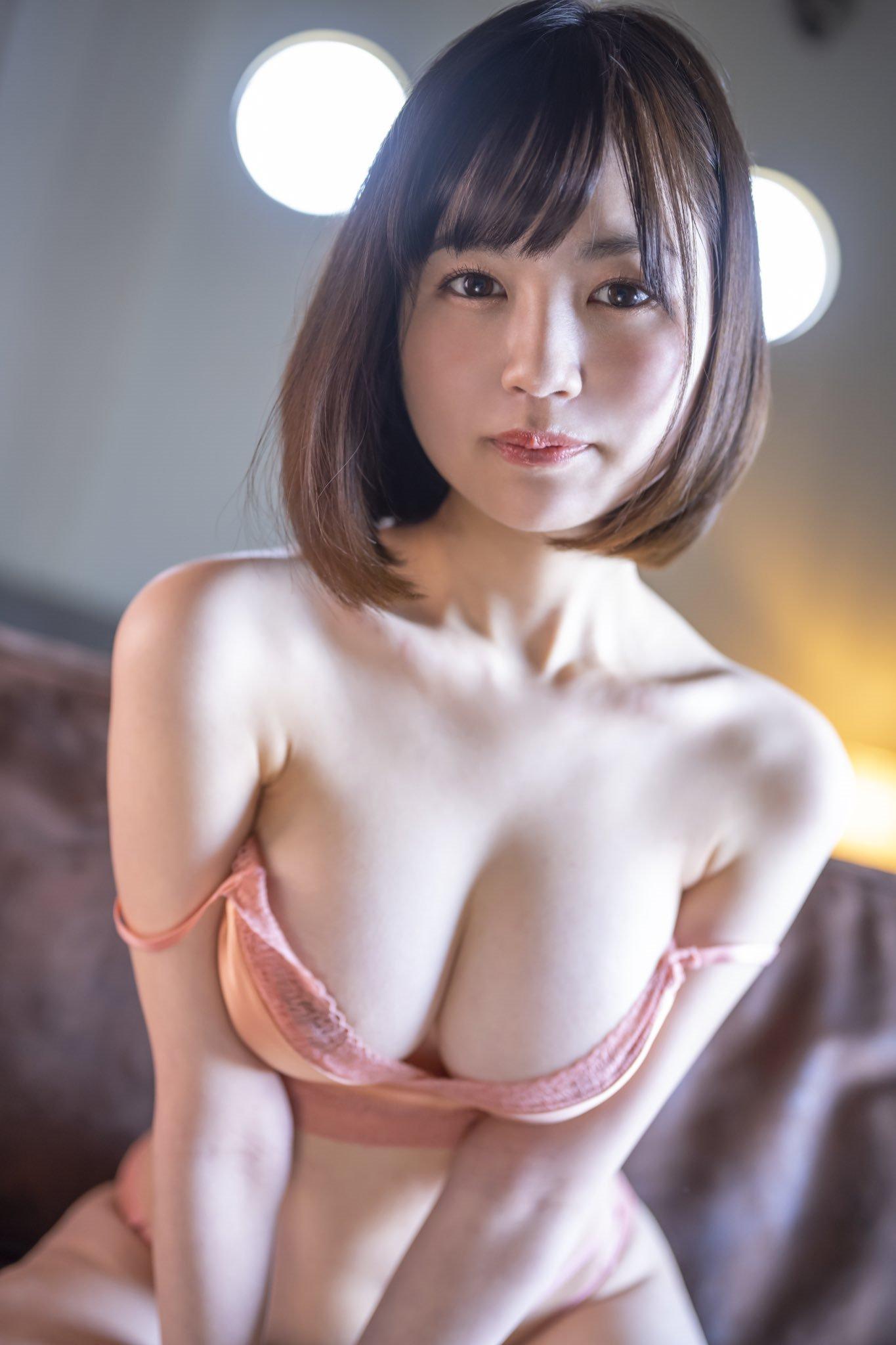 天宫花南写真冠军下海转职出道