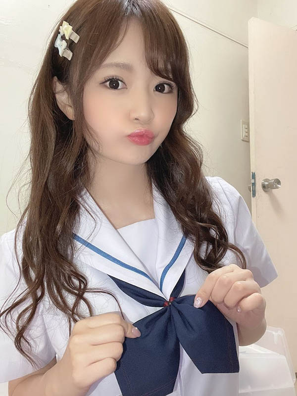 结城のの (结城乃乃)化身制服美少女