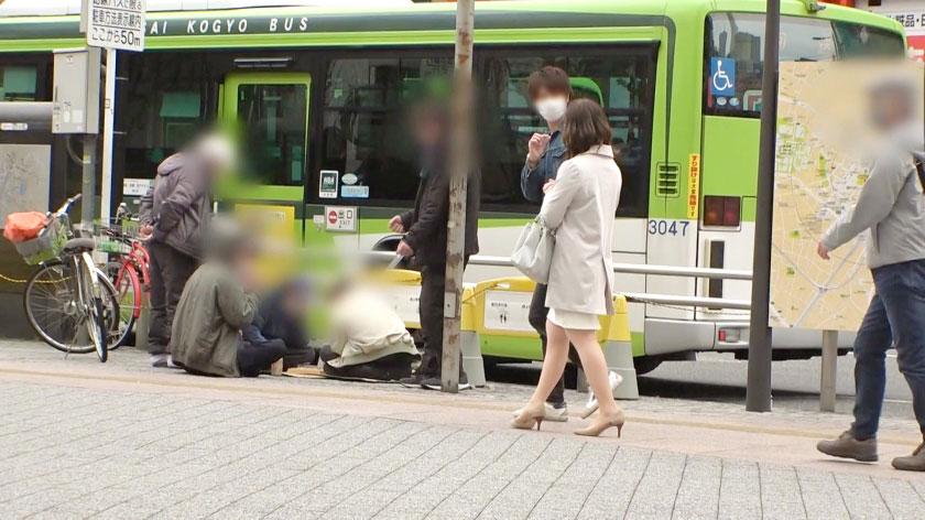 DTT-079 月岛ひかり(月岛光)强眼镜人妻解禁了
