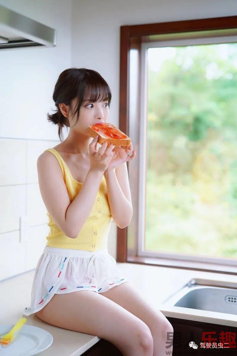 ipx-385:清纯少女桃乃木香奈碰到了一位怪异的老师