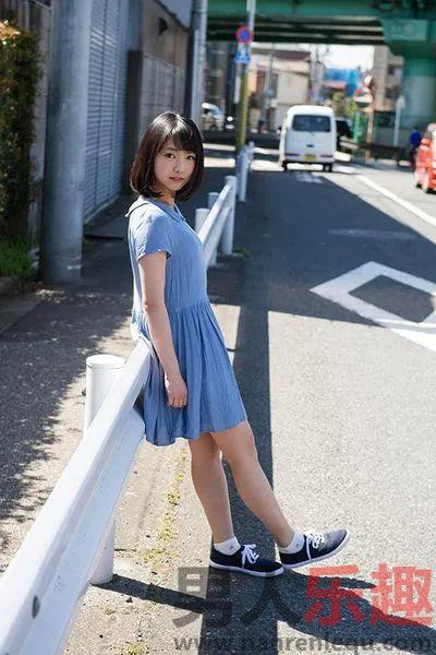 STARS-201:发觉户田真琴就会有非常奖赏