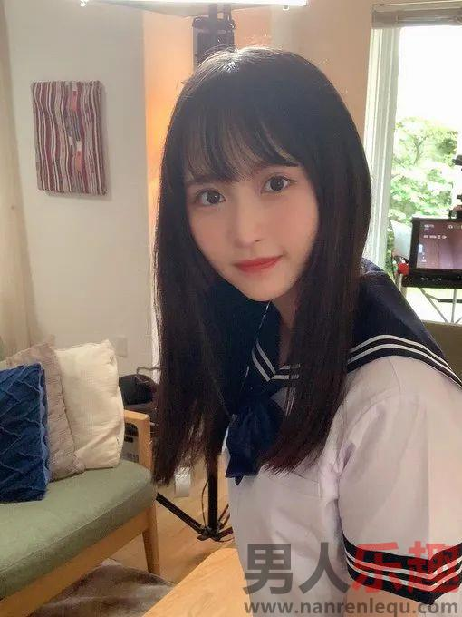 小野6花刚出道两个月 呆萌可爱杀伤力十足