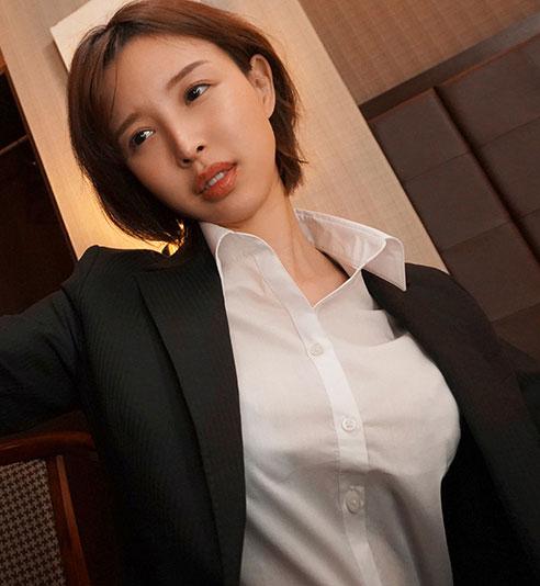 """ssis-063 美人女上司""""葵つかさ""""与处男下属出差"""