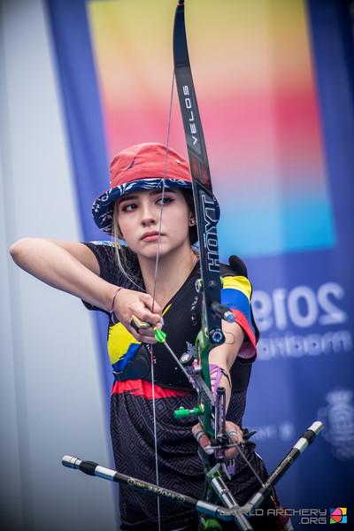 东京奥运哥伦比亚女神射箭手一拉弓就射中网友们的心