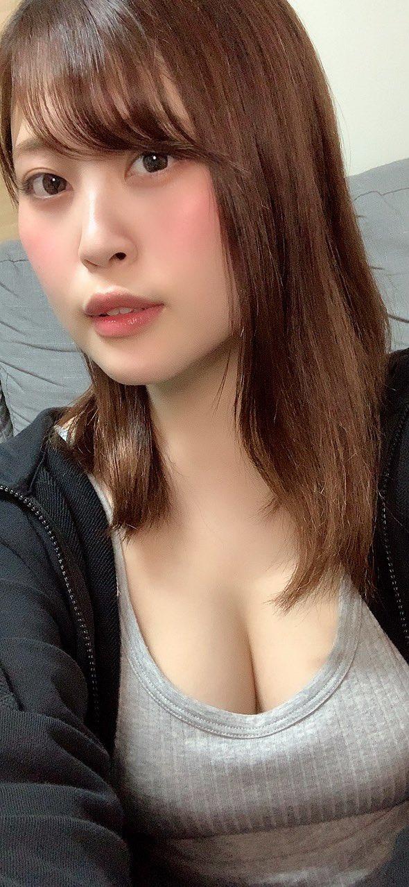 望月绫香(望月あやか)今年26岁个人小档案