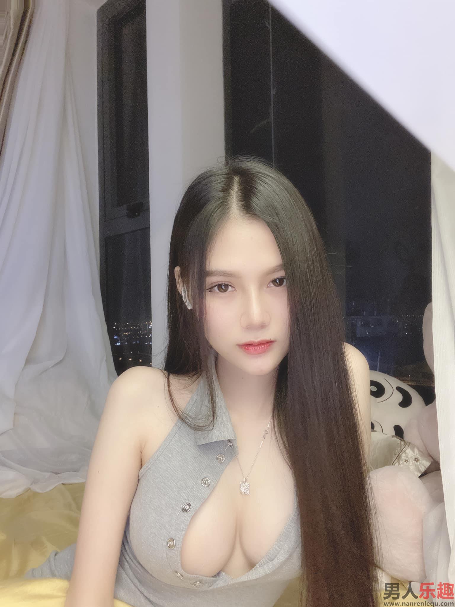 Ar Bi来自越南的美女网红图片