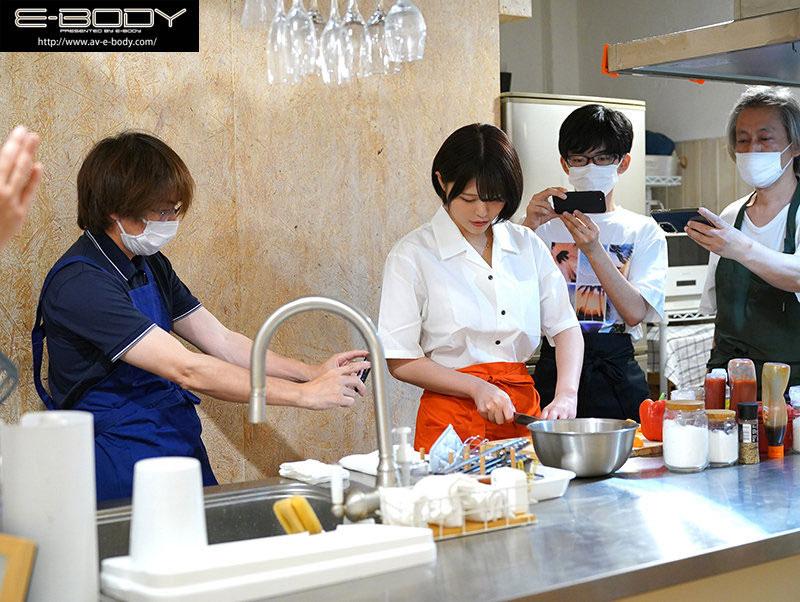EBOD-860 かぐや凛(辉夜凛)人高、腿长超人气的料理老师