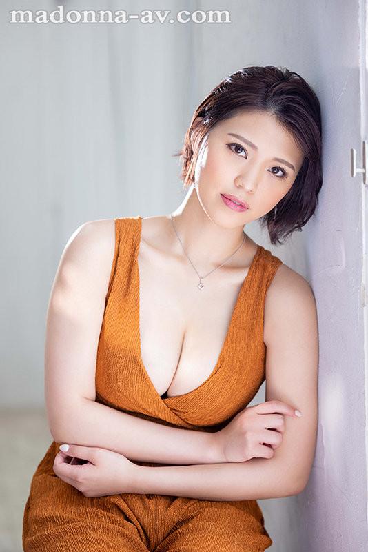 JUL-751 枣レイ(枣玲)独一无二的曲线美出道了!