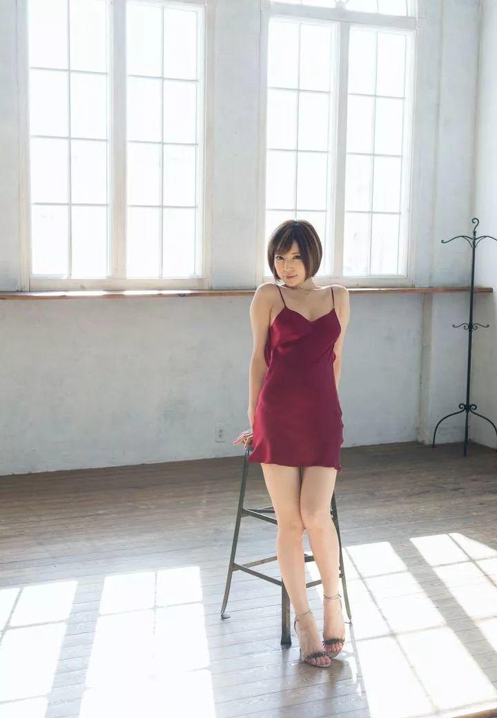 里美尤莉亚(里美ゆりあ、小泉彩)电影作品番号及视频封面合集