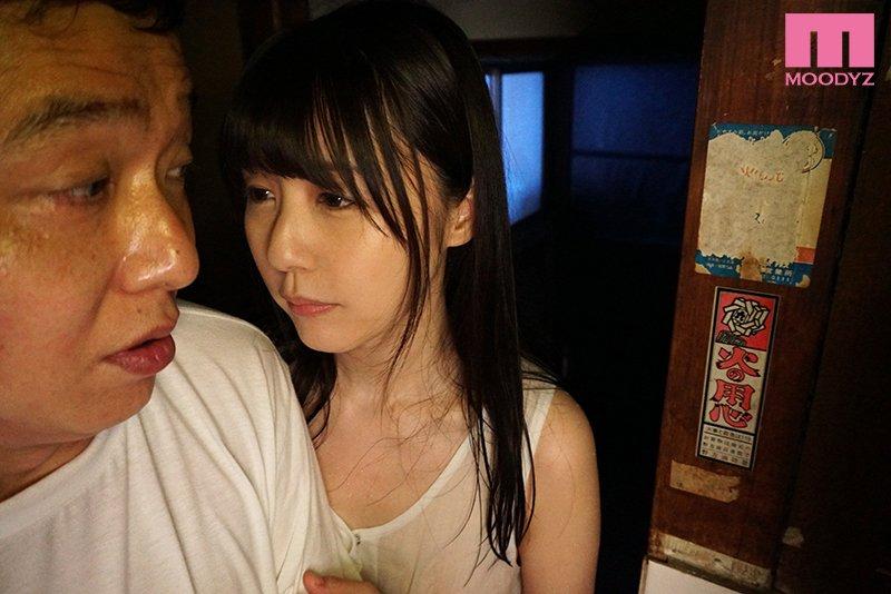 MIDE-825 つぼみ(蕾)饰演女鬼吓软男租客