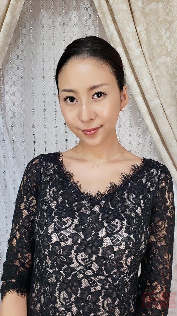 松下纱栄子的签名超有趣!
